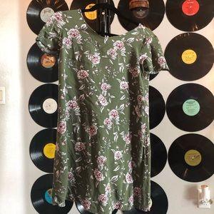 FOREVER 21 FLOWER DRESS